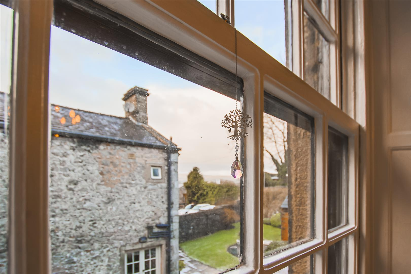 3 Bedroom Semi-detached House For Sale - Rear Views